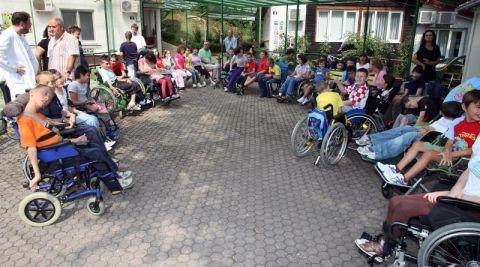 Djelatnici Goljaka Diskriminacija Djece S Invaliditetom